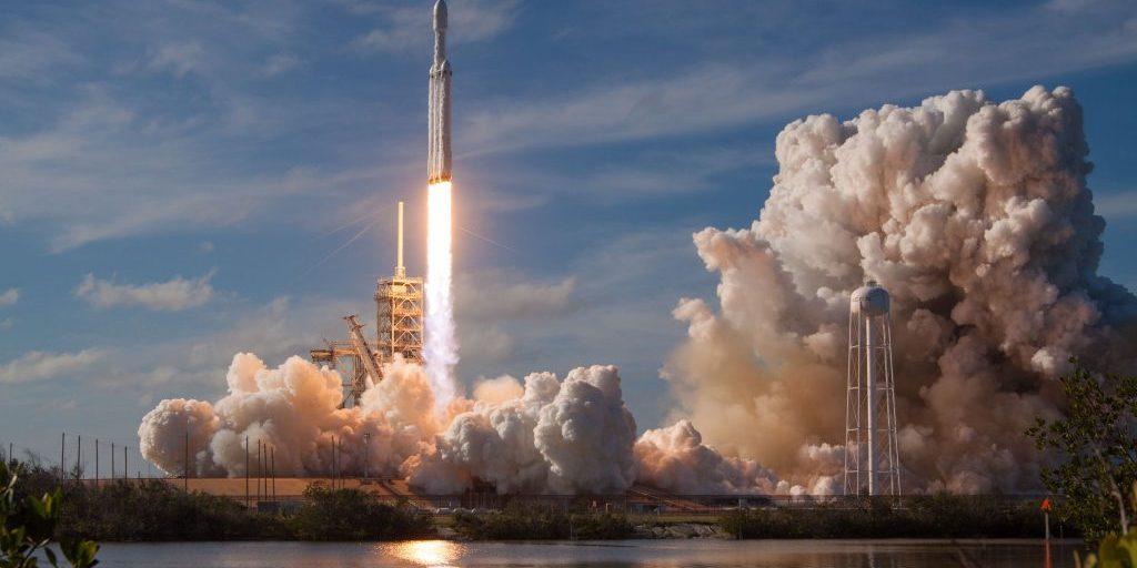 spacex-OHOU-5UVIYQ-unsplash